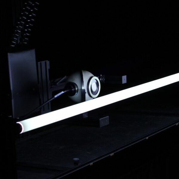 NARVA Lichtquellen GmbH + Co. KG Akkreditiertes Messlabor mit Lampe